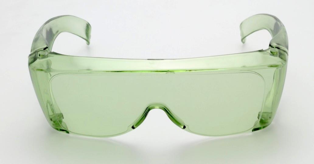 Sur lunettes jade